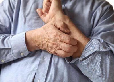Ngoài run, người bệnh Parkinson còn gặp phải triệu chứng đau đớn