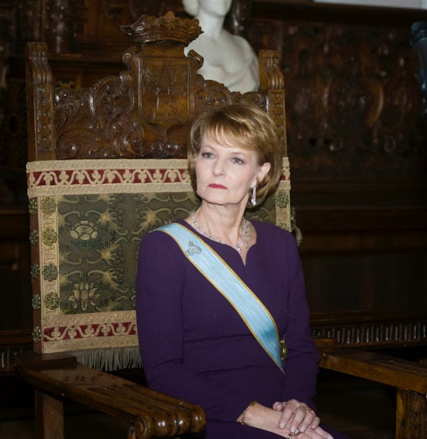 Fundaţia Principesa Margareta a României organizează Seri de poveste 2013 - Eroii de basm prind viata prin vocea povestitorilor celebri la Carturesti