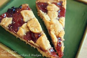 Peanut Butter and Jelly Shortbread Bars | Cafe Chibita