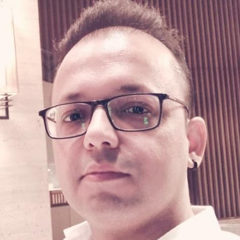 Arun Chopra Photo 6