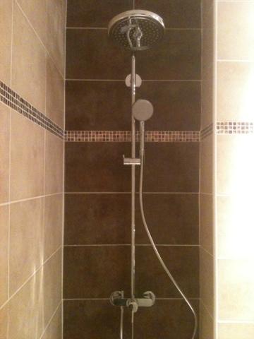 The english plumber nouvelle salle de bain for Salle de bain translation