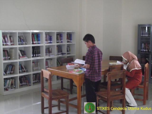 Perpustakaan STIKES Cendekia Utama Kudus