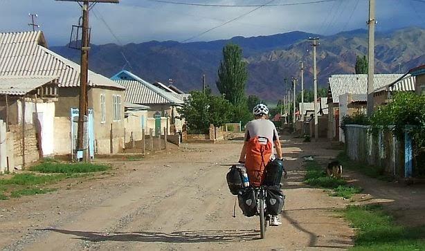 Ulitsa Omuralieva, Kotschkor/Kochkor, Kirgistan