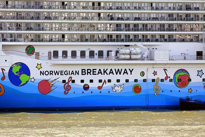 NCL - Norwegian Breakaway