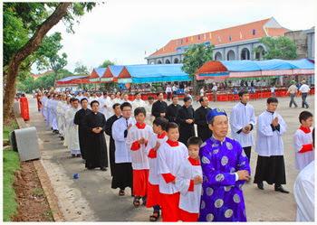 Giáo xứ Phát Diệm khánh thành Trung tâm mục vụ