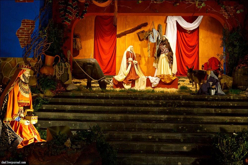 http://lh5.googleusercontent.com/-R2h5hyTQvW0/VII_Qa-RudI/AAAAAAAALrY/MiYeLSXIZJc/s1600/20121219-194925_Tenerife_La_Orotava_Betlem.jpg
