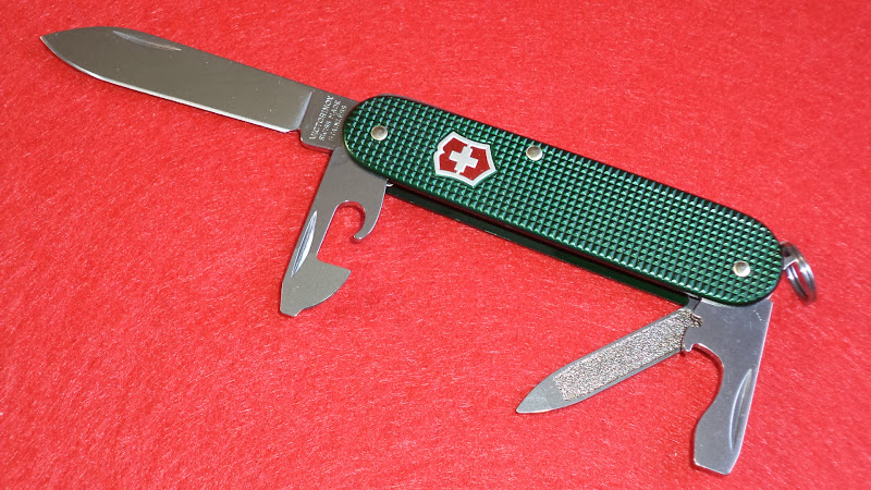 I Love Sak S Victorinox Alox Cadet Green With Red