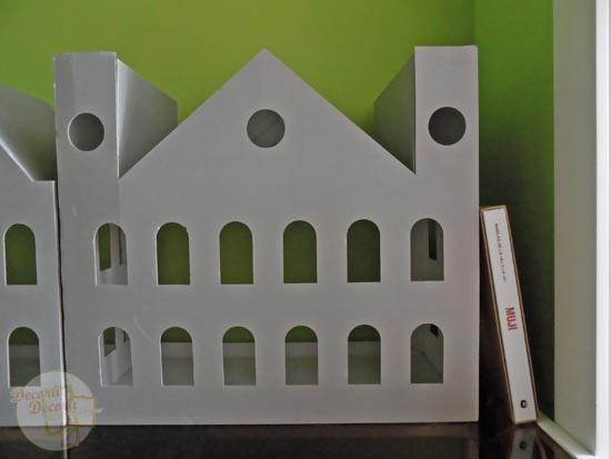 Casa de cartón para decorar.
