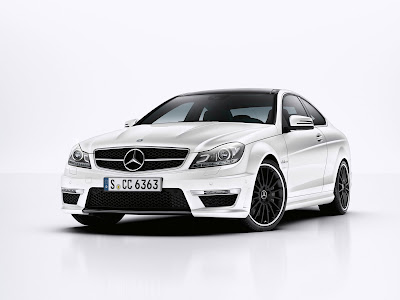 Mercedes-Benz-C63_AMG_Coupe_2012_Front_Angle_1600x1200
