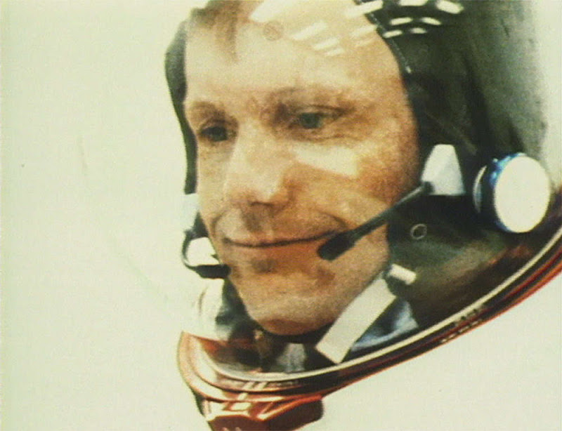 Neil Alden Armstrong dies, age 82