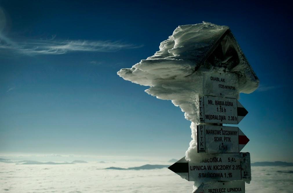 Babia Góra w śniegu