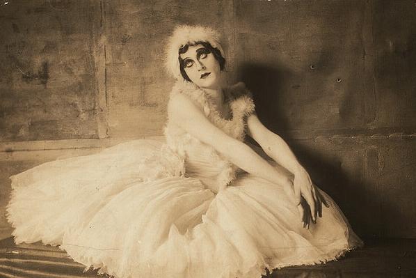 vintage danse carroll