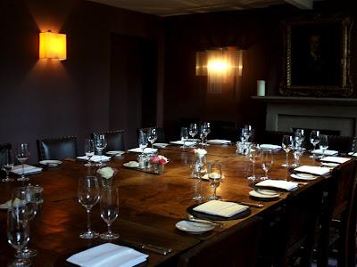 餐厅在孔雀Rowlsey床和早餐在德比郡