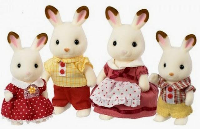 Gia đình thỏ nâu có đôi tai màu socola gồm 4 thành viên