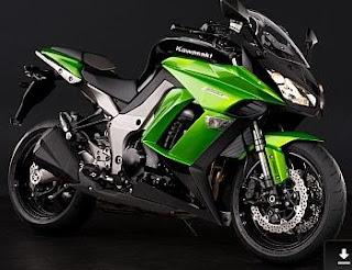 green Kawasaki z1000sx