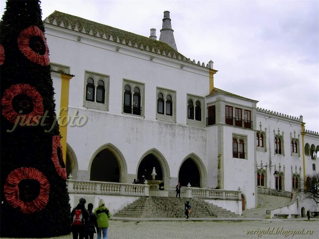 Королевский дворец в Синтре на Новый Год фото
