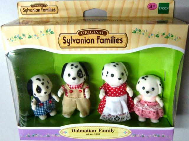 Đồ chơi gia đình nhà Chó đốm Dalmatian Family là món quà dành cho các bé gái