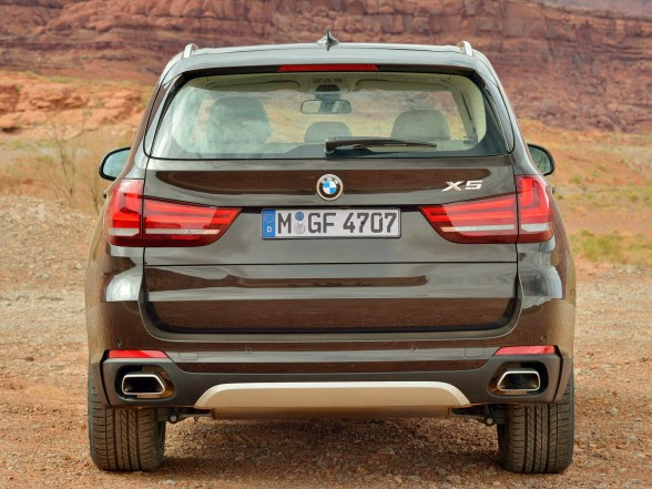 2014 BMW X5 - xDrive50i - Rear