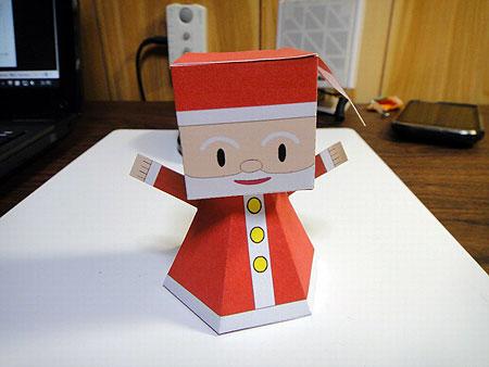 2011 Santa Claus Paper Toy