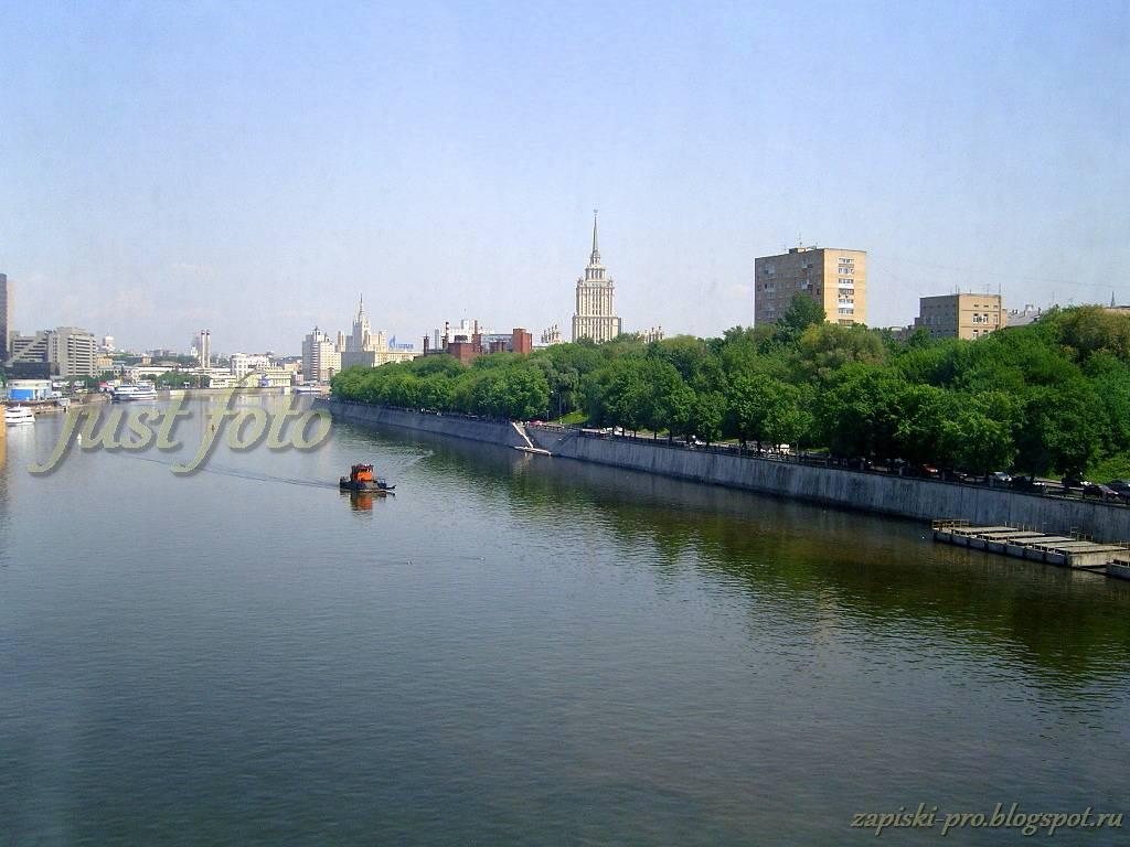 Не московская Москва - вид на сталинские высотки