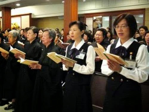 Buddhists Praying For Japan Quake Victims