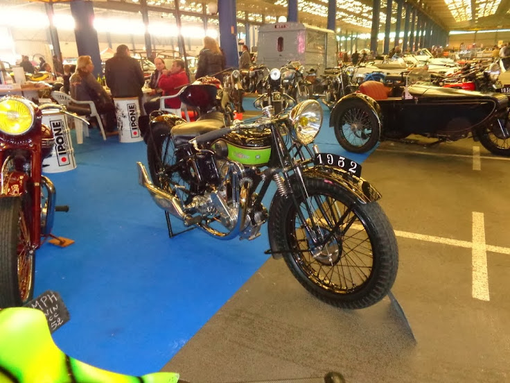 2e Festival Auto Moto Retro de Lorient le 16 et 17 novembre DSC01729