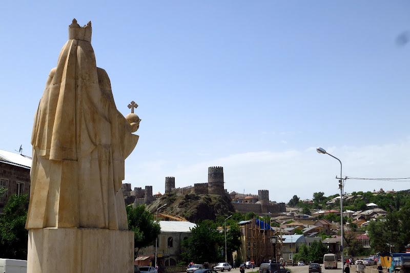 Queen Tamar statue, Akhaltsikhe