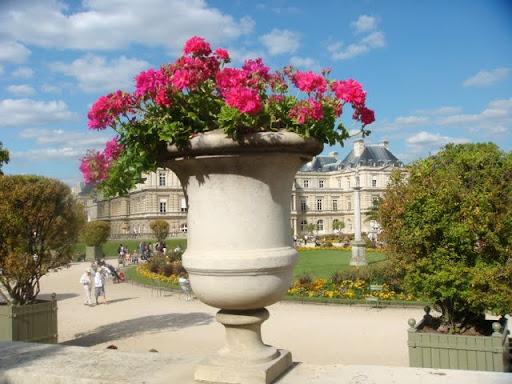Люксембургският дворец и градини