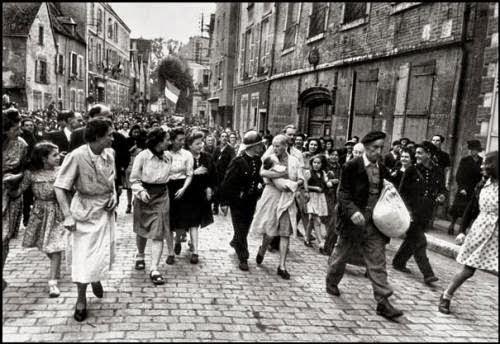 Foto tirada logo após o fim da guerra