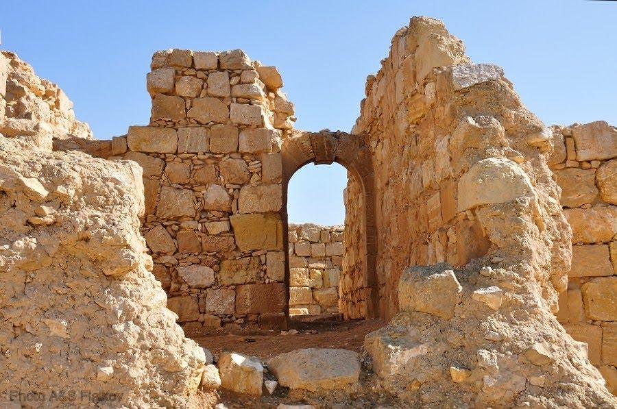 Экскурсия в Негев, Мамшит, набатейская арка.