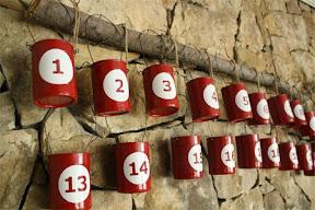 calendrier de l'Avent en boites de conserve