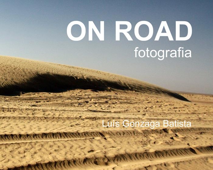 Capa do livro com a image duma duna até meio e céu limpo em cima