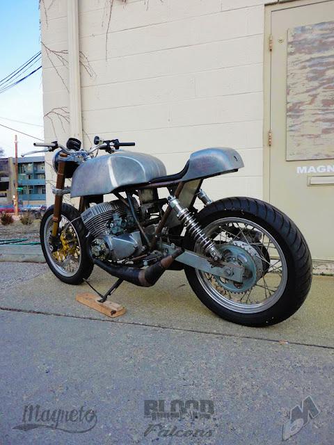 Ka-Wazaaaaa ki Kawasaki_h2-machIV-2-stroke_cafe-racer_magneto-industries