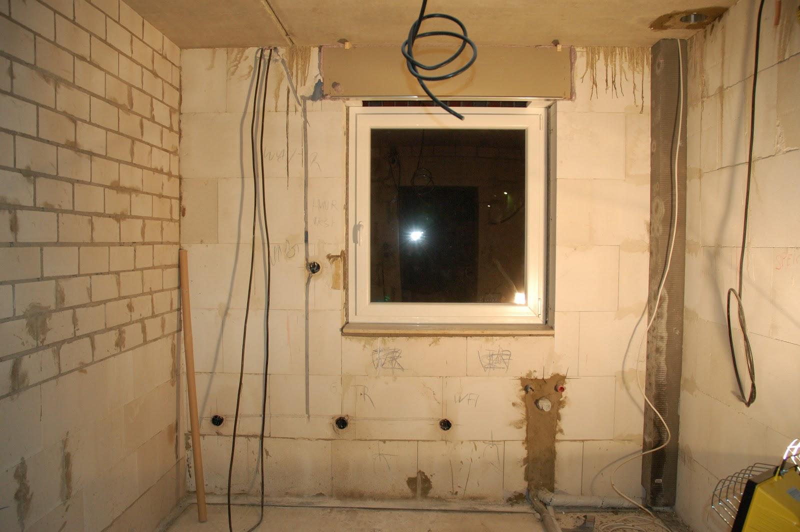 Hausbau Thiemorgen: Stromkabel liegen