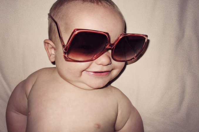 baby wearing sunglasses STUDIO 1208
