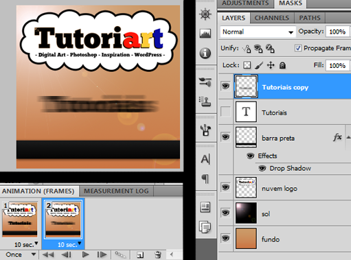 Texto com Blur e texto original com visibilidade desligada, tudo isso no frame 2