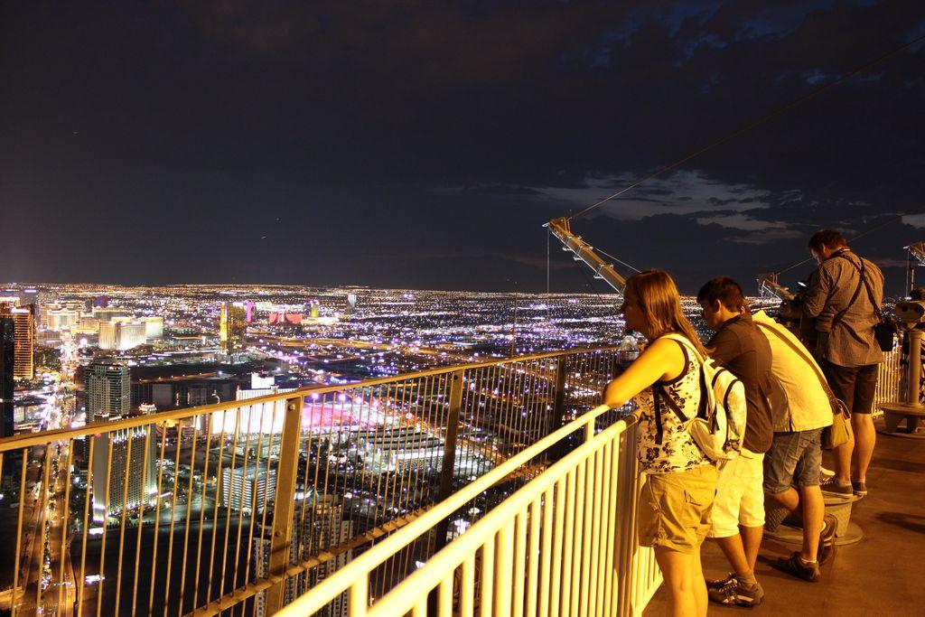 El Blog Info Ultima Noche En Las Vegas: Las Vegas, Día 2. Premium Outlets South, Stratosphere
