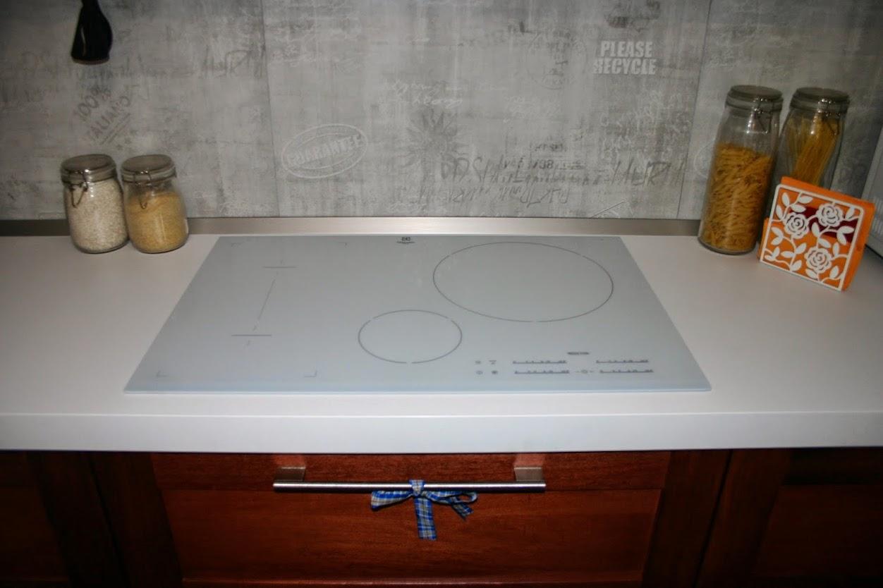 Piano Cucina In Legno Ikea : Antine in legno ikea. libreria ikea arredo librerie x ng con ante
