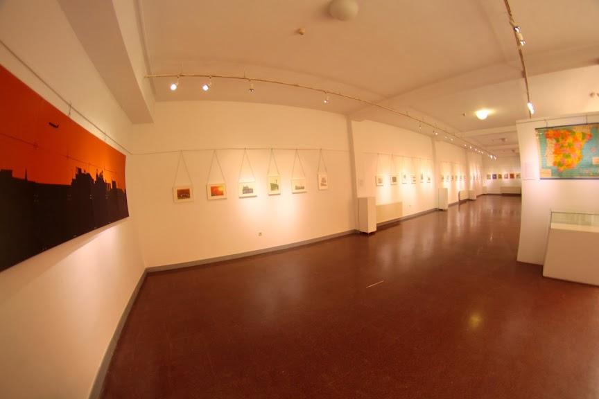 Fotografía de Asier Mendizábal Merino. Plano general de la sala de exposiciones