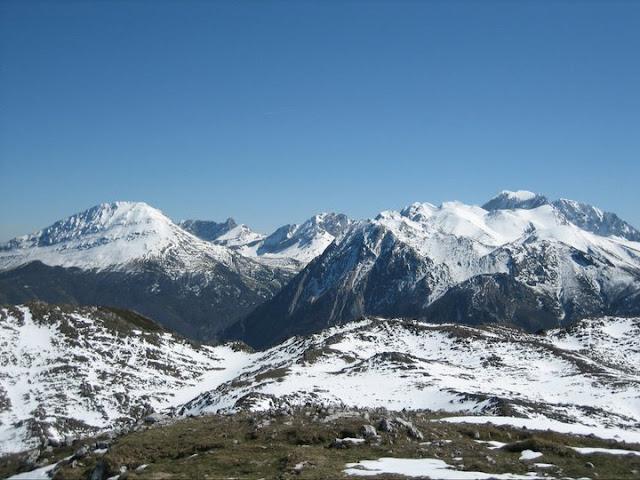 Rutas Montaña Asturias: Vista desde Peña Saleras a Ubiña