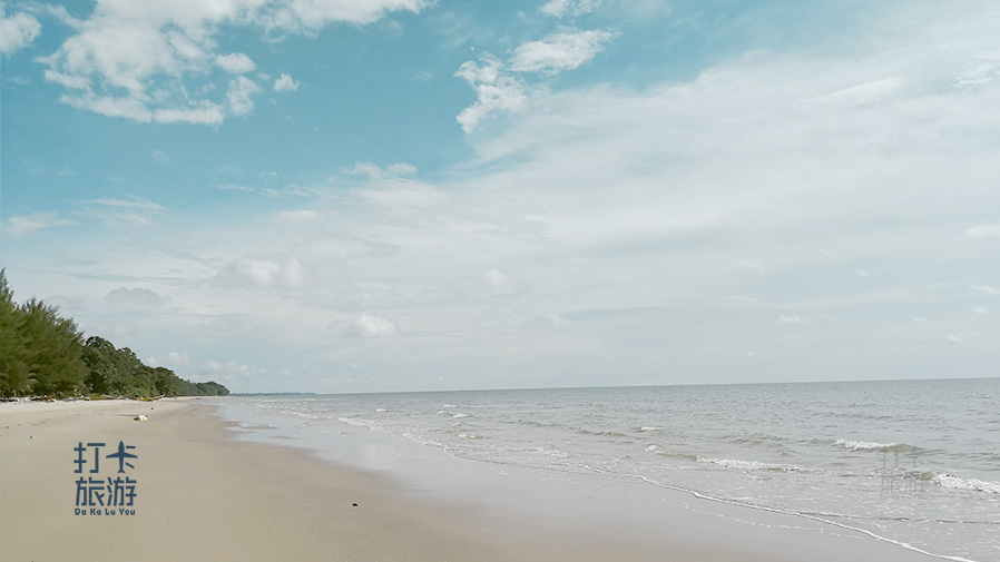 Miri Peliau Beach bekenu