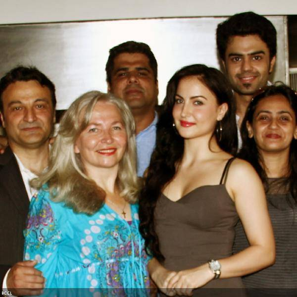 Elli Avram (2nd R) with family and Mickey Virus co-star Manish Paul during her b'day celebrations, held in Mumbai.