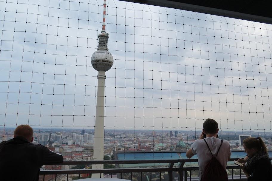 Höher hinaus kommen Berlin-Besucher fast nirgendwo anders