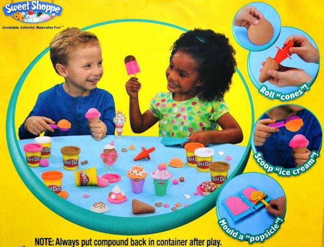 Đồ chơi làm kem sắc màu Play-Doh Scoops 'n Treats dành cho các bé trên 3 tuổi