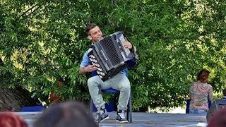 Szabó Ádám köszöntő Bárdudvarnok Falunap 2014 video