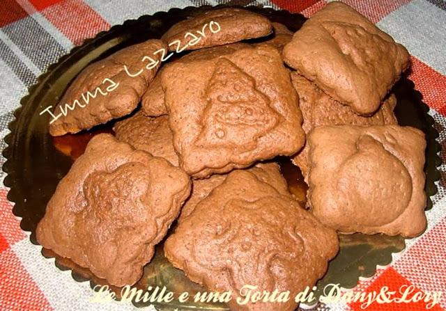 biscotti semplici natalizi con ripieno di nutella
