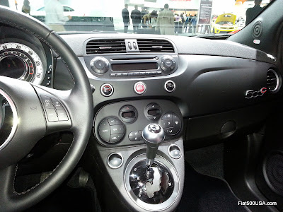 Fiat 500 by Gucci II dashboard