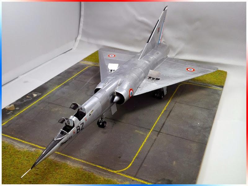 GAMD Mirage IV B. Un gros mirage IV, en scratch et au 72 IMG_20141007_191030