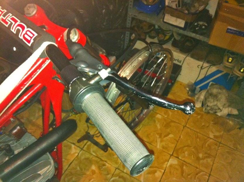 Bultaco Sherpa T125 - Tentado Por El Lado Oscuro - Página 2 IMG_0131