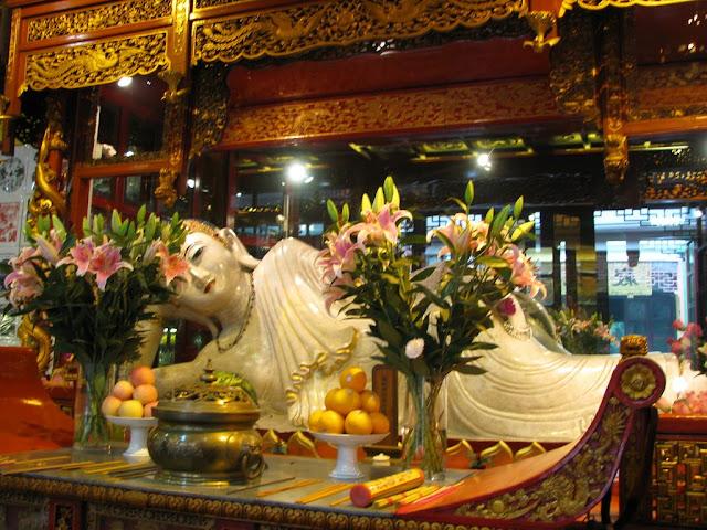 Reclining Jade Buddha at Jade Buddha Temple